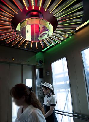東京タワー エレベーター