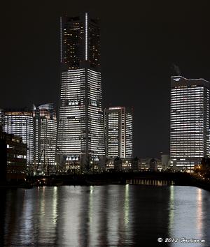 TOWERS Milight -みなとみらい21 オフィス全館点灯-