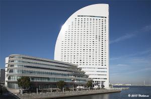パシフィコ横浜とヨコハマ グランド インターコンチネンタルホテル