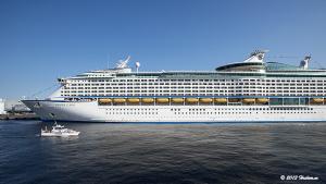 Voyager of the Seas 横浜入港