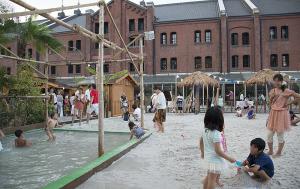 横浜赤レンガ倉庫 Red Brick Resort 2013