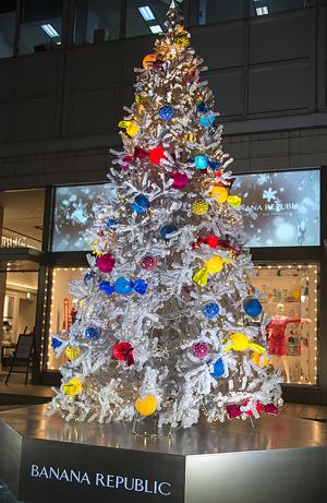 Banana Republicのクリスマスツリー