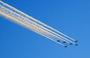 国立競技場FINALブルーインパルス展示飛行