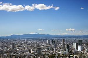渋谷のビル群と富士山