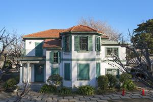 横浜市指定歴史的建造物 ブラフ18番館