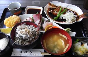 「えぼし」の日替わり小鉢膳