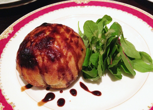 オーブン料理の一番人気『クリーミーチキンのミートパイ』