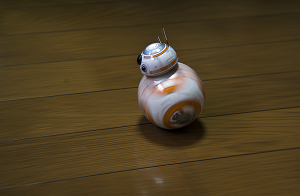 「スター・ウォーズ BB-8 The App-Enabled Droid R001ROW」