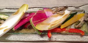 牡蠣マリネと季節野菜のサラダ