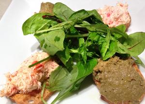 牡蠣とクリームチーズのパテ&蟹マヨのクロスティーニ