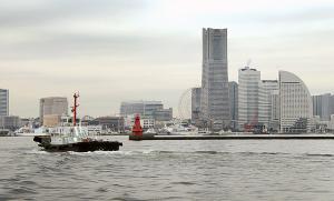 横浜北水提灯台