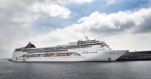 MSC LIRICA(リリカ)横浜港へ初入港