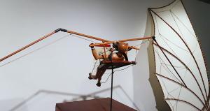"""羽ばたき飛行機""""オーニソプター""""(Ornithopter)"""