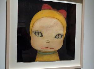 奈良美智「真夜中のネコ型ロボット」