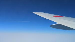飛行機の並走