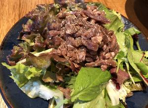 牛肉生ハムサラダ