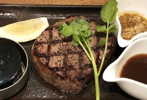 熟成牛肉フィレステーキ