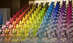 ディズニー ミッキー90周年 マジック オブ カラー(Disney Mickey 90th Anniversary Magic of Color)」