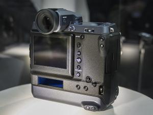 富士フイルム「GFX100」