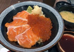 寿司屋の親子丼