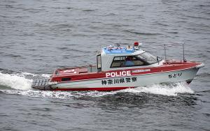 警備艇「神7 ちどり」