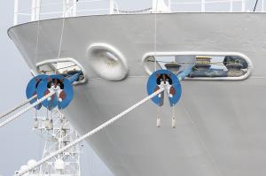 海技教育機構の練習船「青雲丸」のラットガード